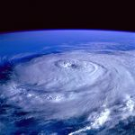 Meditation Ruhe im Auge des Sturms